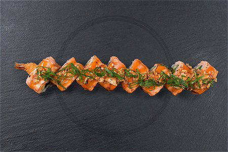 Foto Softshell Flamed Salmon Ebi Roll (8st)
